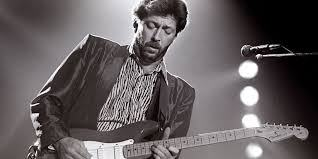 Eric Clapton in carrozzella